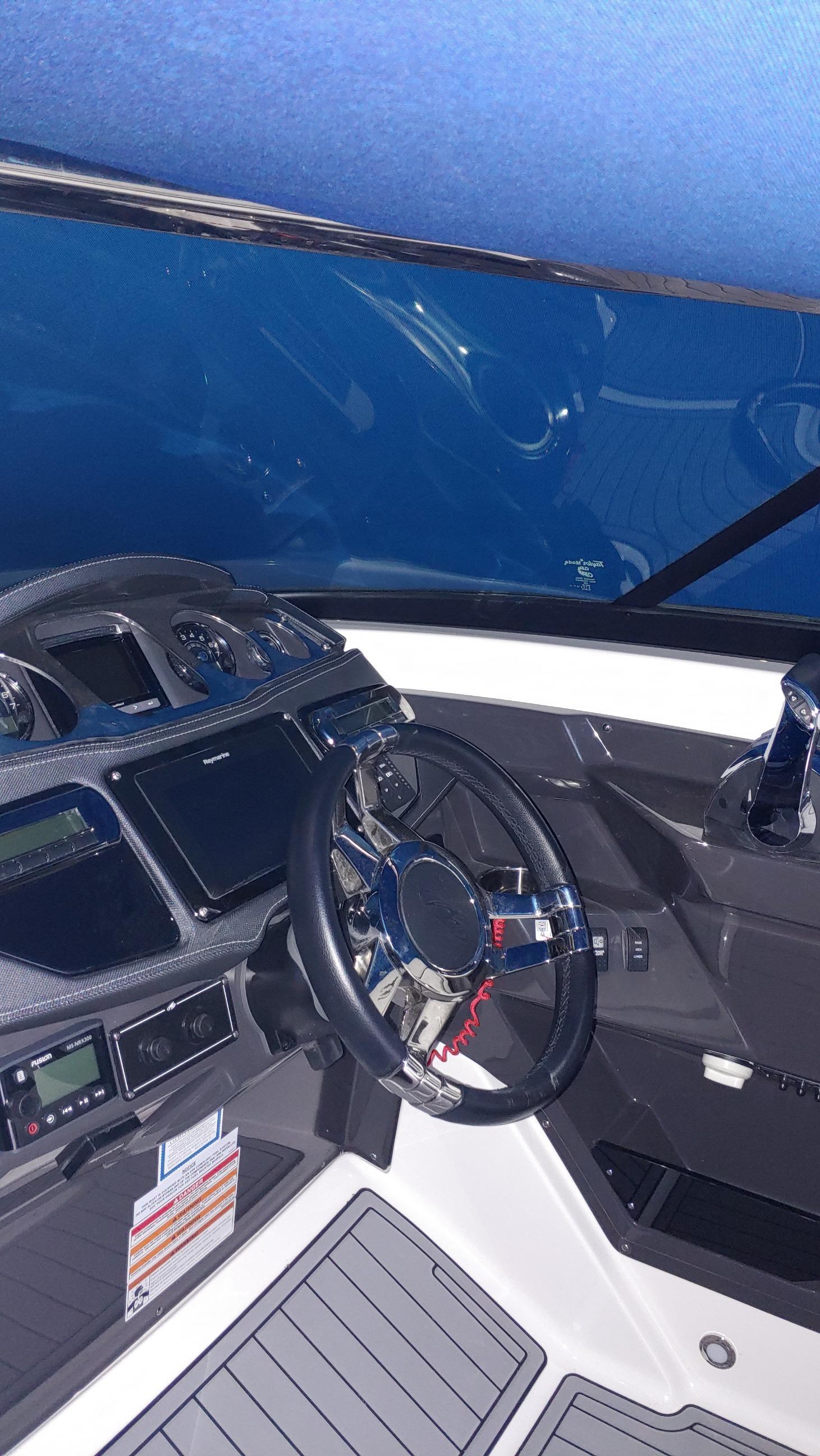 NY 6304 BP Knot 10 Yacht Sales