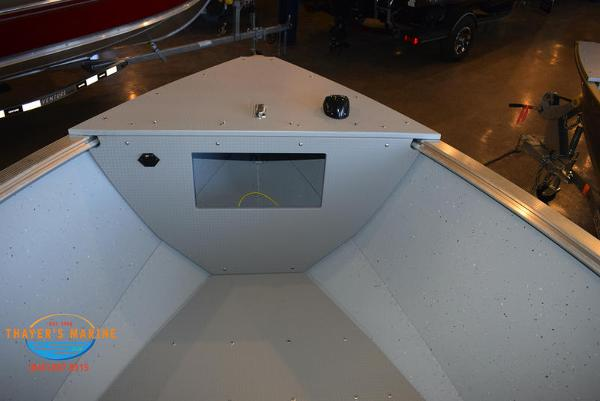 2021 Lund boat for sale, model of the boat is 1800 Alaskan SS & Image # 17 of 35