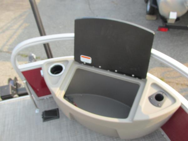 2021 Ranger Boats boat for sale, model of the boat is 200 Fish & Image # 5 of 25