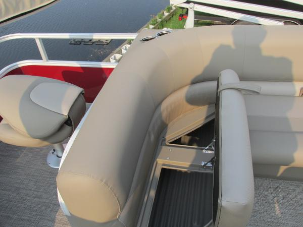 2021 Ranger Boats boat for sale, model of the boat is 200 Fish & Image # 12 of 25