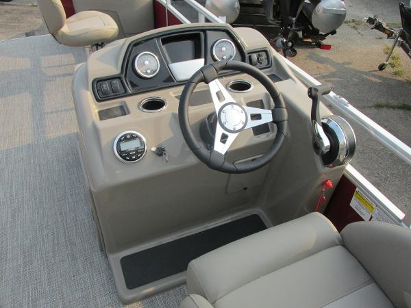 2021 Ranger Boats boat for sale, model of the boat is 200 Fish & Image # 17 of 25