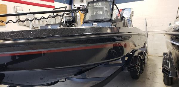 2020 Nitro boat for sale, model of the boat is ZV20 Pro & Image # 3 of 7