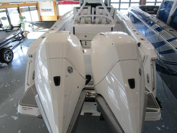 2021 Blackfin boat for sale, model of the boat is 272CC & Image # 5 of 30
