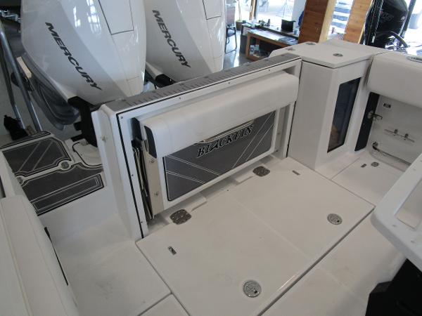 2021 Blackfin boat for sale, model of the boat is 272CC & Image # 11 of 30