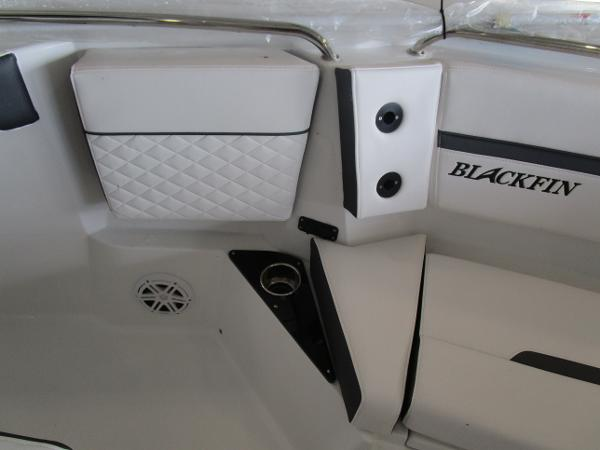 2021 Blackfin boat for sale, model of the boat is 272CC & Image # 21 of 30