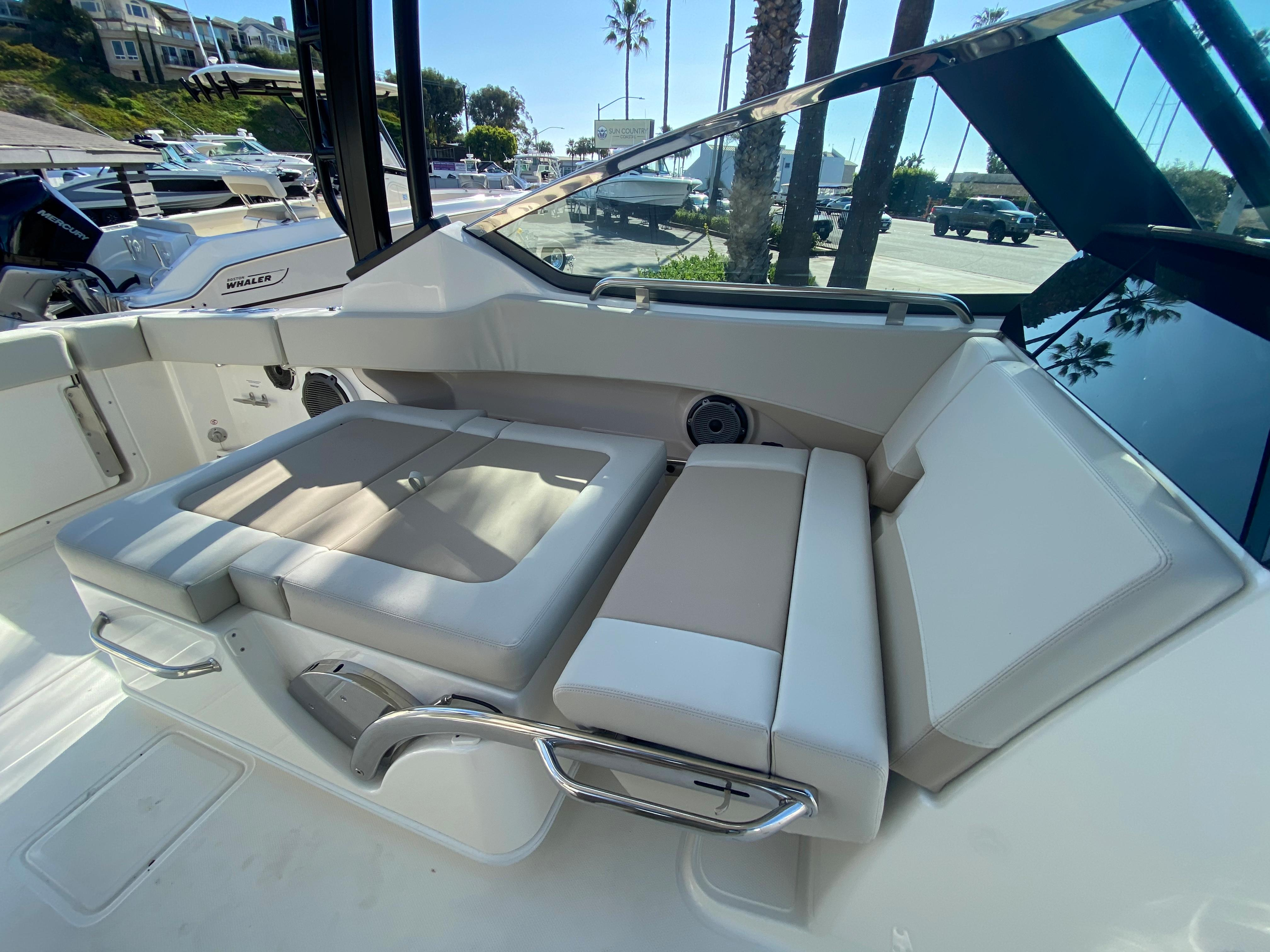 2021 Boston Whaler 240 Vantage #BW1419L inventory image at Sun Country Coastal in Newport Beach