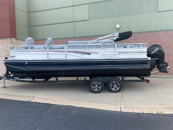 2021 Ranger Boats boat for sale, model of the boat is 223FC & Image # 1 of 25