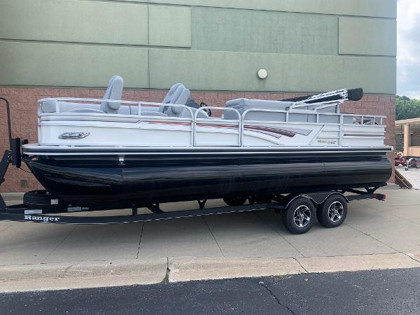 2021 Ranger Boats boat for sale, model of the boat is 223FC & Image # 2 of 25