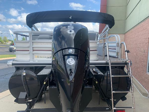 2021 Ranger Boats boat for sale, model of the boat is 223FC & Image # 4 of 25