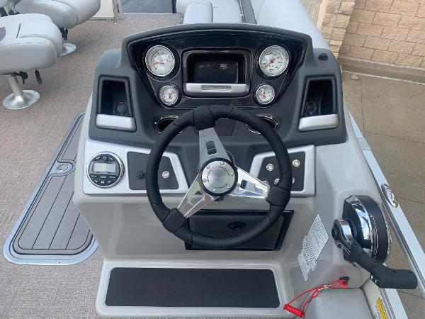 2021 Ranger Boats boat for sale, model of the boat is 223FC & Image # 14 of 25