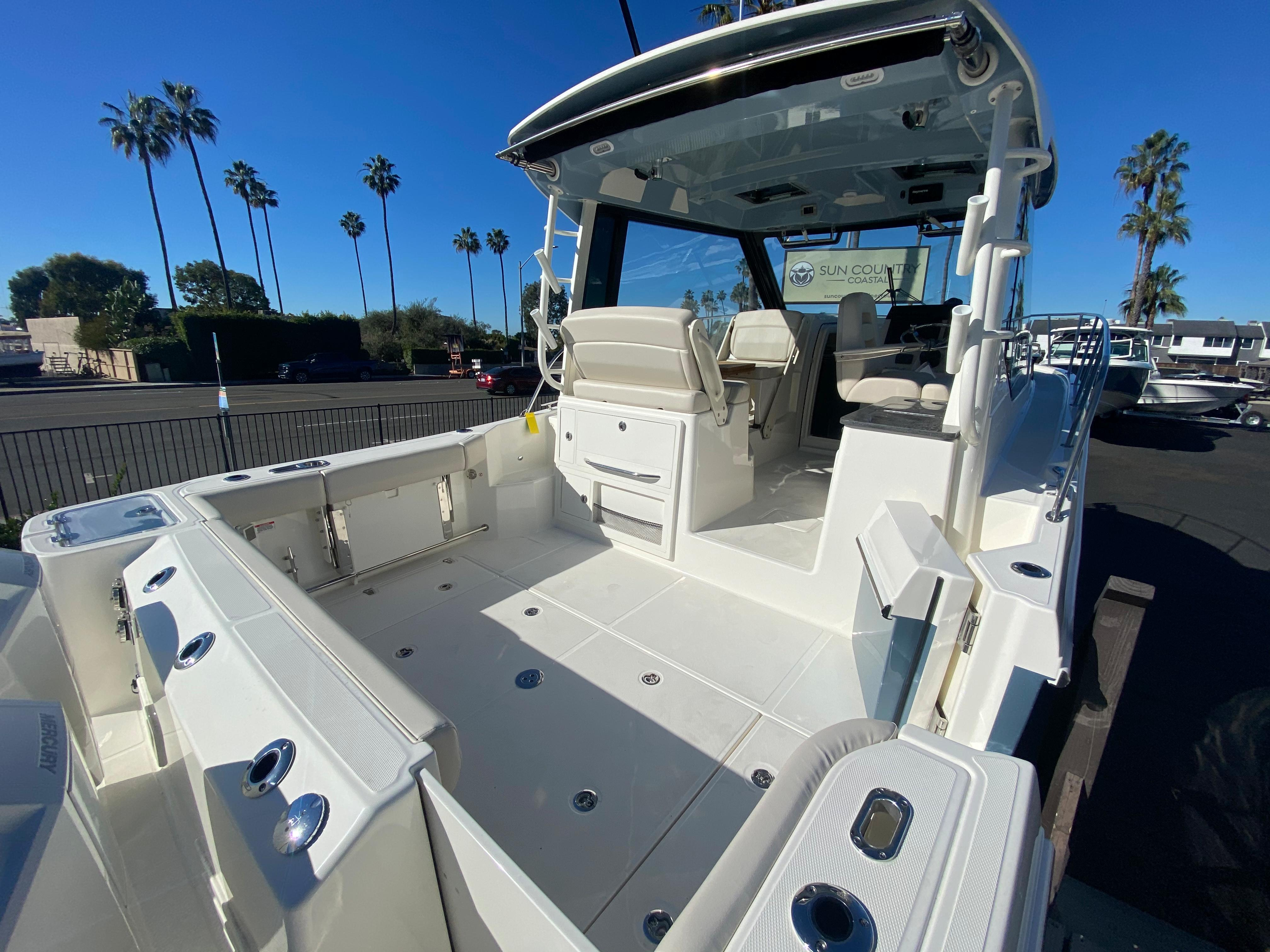 2021 Boston Whaler 325 Conquest #BW0960J inventory image at Sun Country Coastal in Newport Beach