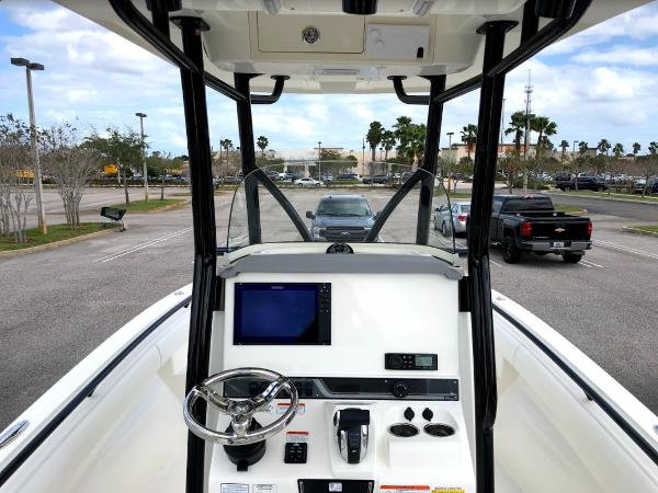 2021 Mako boat for sale, model of the boat is 236 CC & Image # 7 of 43