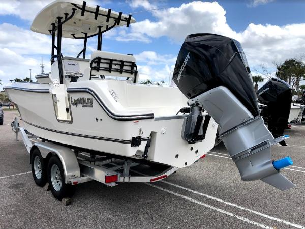 2021 Mako boat for sale, model of the boat is 236 CC & Image # 4 of 43