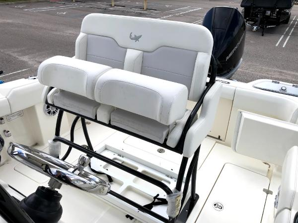2021 Mako boat for sale, model of the boat is 236 CC & Image # 12 of 43
