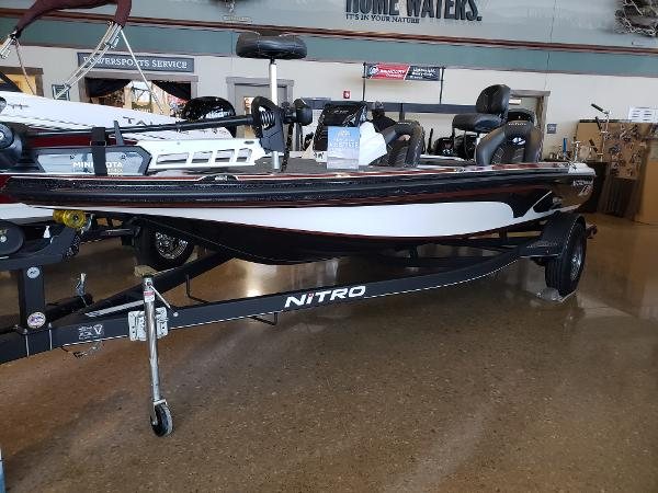 2021 Nitro boat for sale, model of the boat is Z18 & Image # 1 of 56