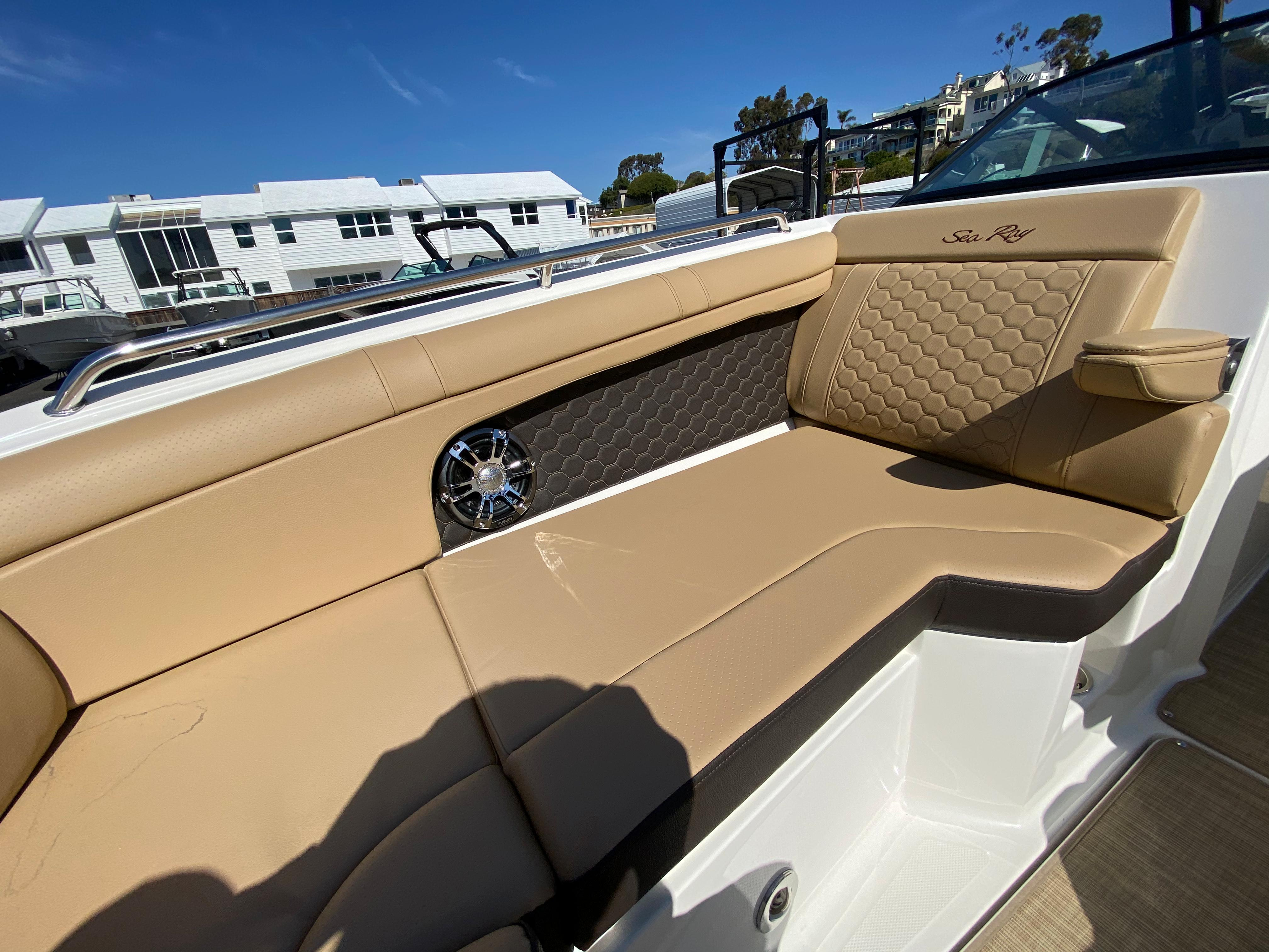2021 Sea Ray SDX 270 #S1847A inventory image at Sun Country Coastal in Newport Beach