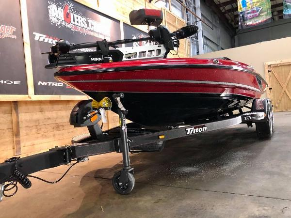 2021 Triton boat for sale, model of the boat is 189 TRX & Image # 14 of 18