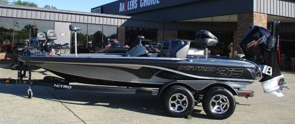 2021 Nitro boat for sale, model of the boat is Z19 & Image # 1 of 7