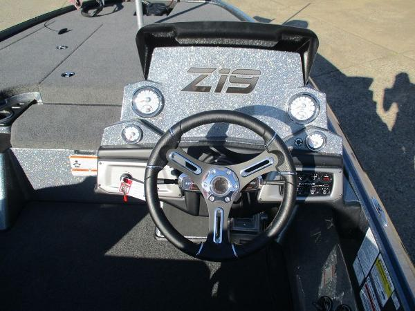 2021 Nitro boat for sale, model of the boat is Z19 & Image # 4 of 7