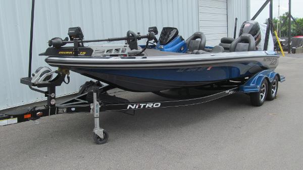 2016 Nitro boat for sale, model of the boat is Z21 & Image # 2 of 11