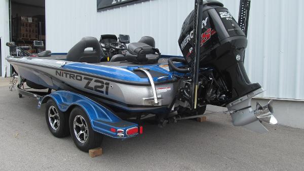 2016 Nitro boat for sale, model of the boat is Z21 & Image # 3 of 11