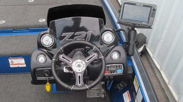 2016 Nitro boat for sale, model of the boat is Z21 & Image # 6 of 11