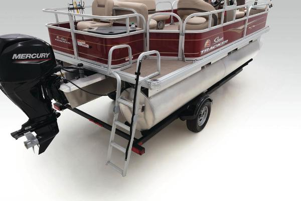 2020 Sun Tracker boat for sale, model of the boat is Bass Buggy 18 DLX & Image # 45 of 52