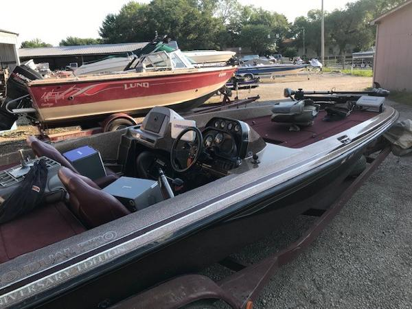 1995 Pro Craft boat for sale, model of the boat is 210DC & Image # 11 of 12