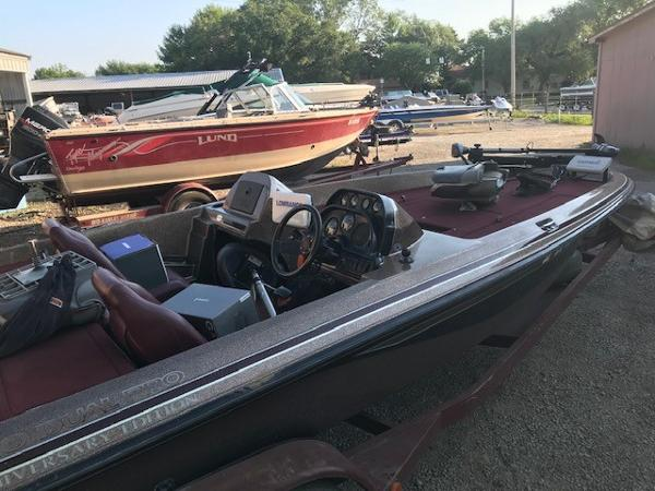 1995 Pro Craft boat for sale, model of the boat is 210DC & Image # 12 of 12