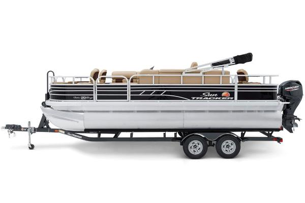 2022 Sun Tracker boat for sale, model of the boat is Fishin' Barge 20 DLX & Image # 7 of 52