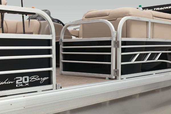 2022 Sun Tracker boat for sale, model of the boat is Fishin' Barge 20 DLX & Image # 28 of 52