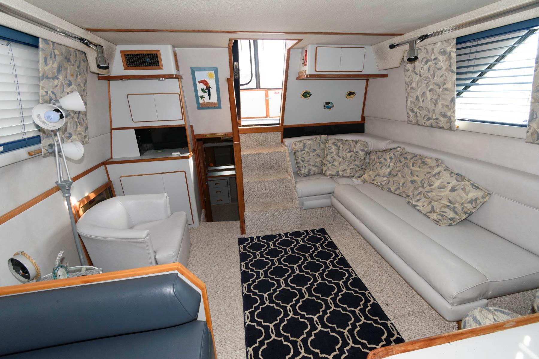M 5737 JB Knot 10 Yacht Sales