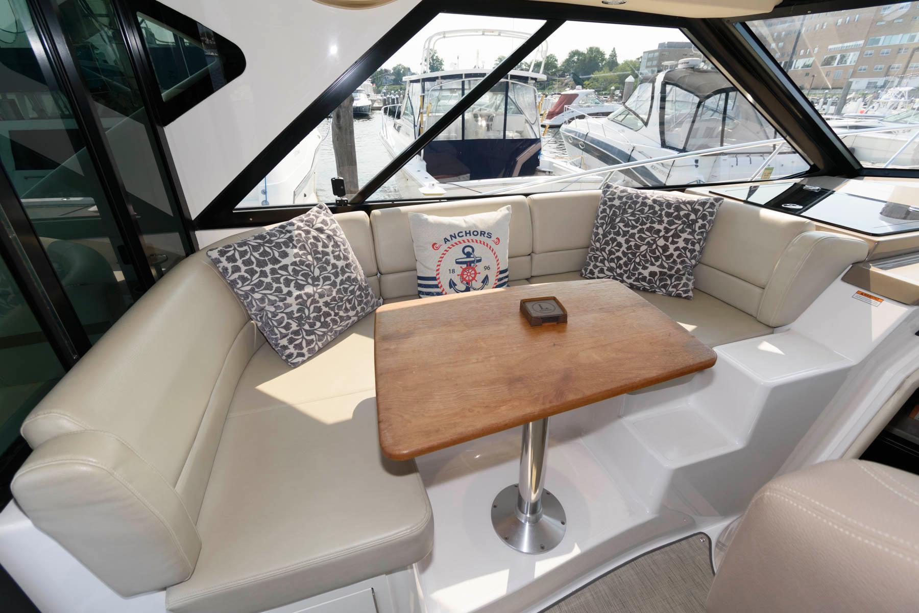 NJ 6280 SF Knot 10 Yacht Sales