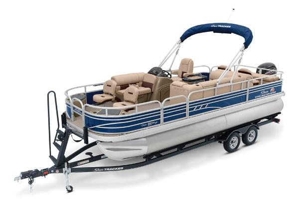 2021 Sun Tracker boat for sale, model of the boat is Fishin' Barge 22 DLX & Image # 7 of 17