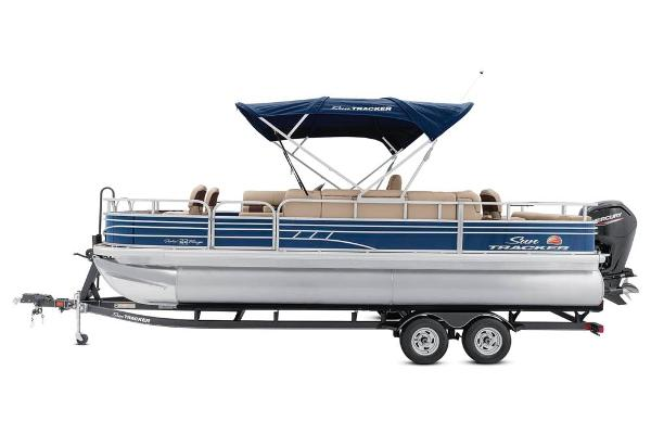 2021 Sun Tracker boat for sale, model of the boat is Fishin' Barge 22 DLX & Image # 9 of 17