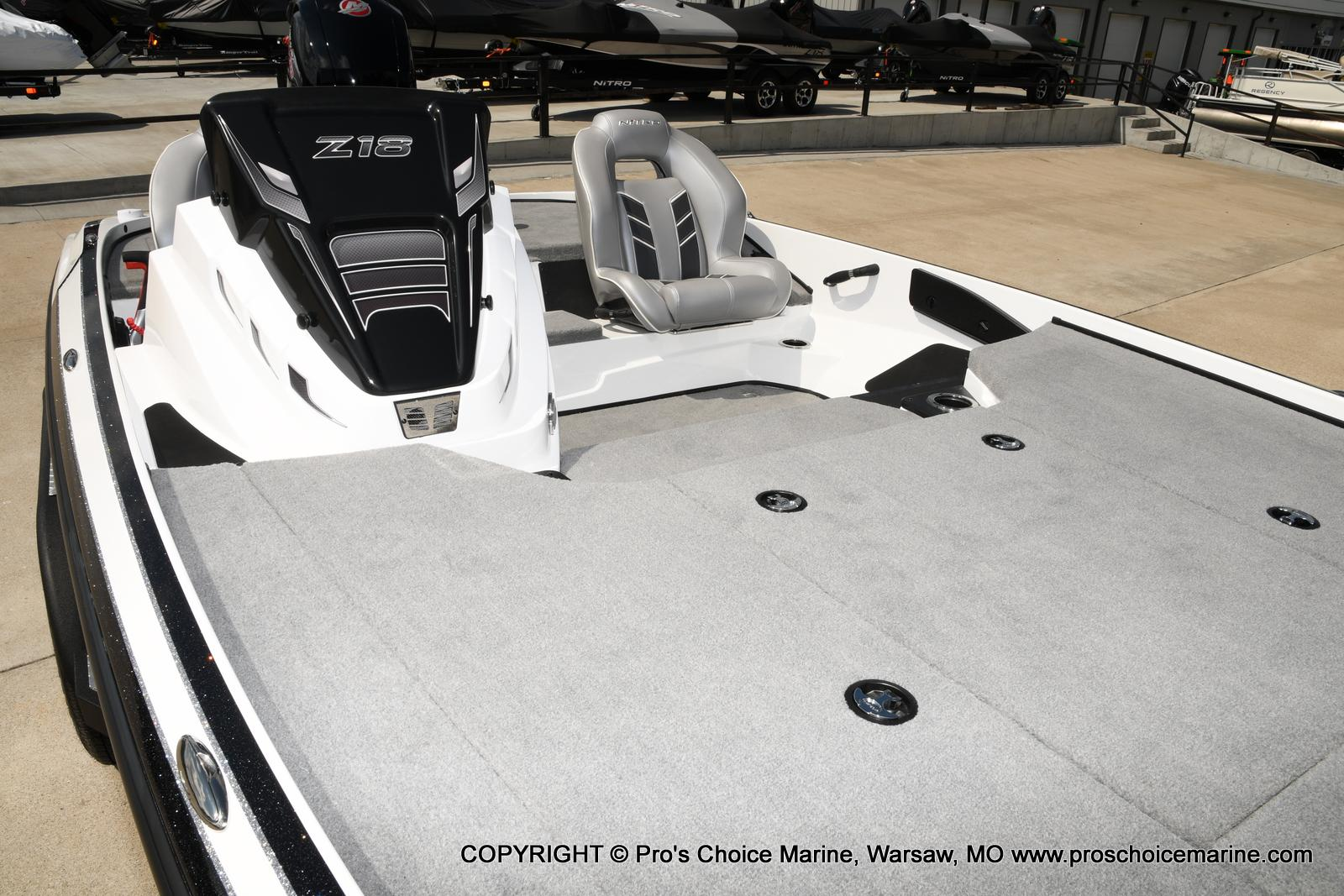 2021 Nitro boat for sale, model of the boat is Z18 & Image # 16 of 50
