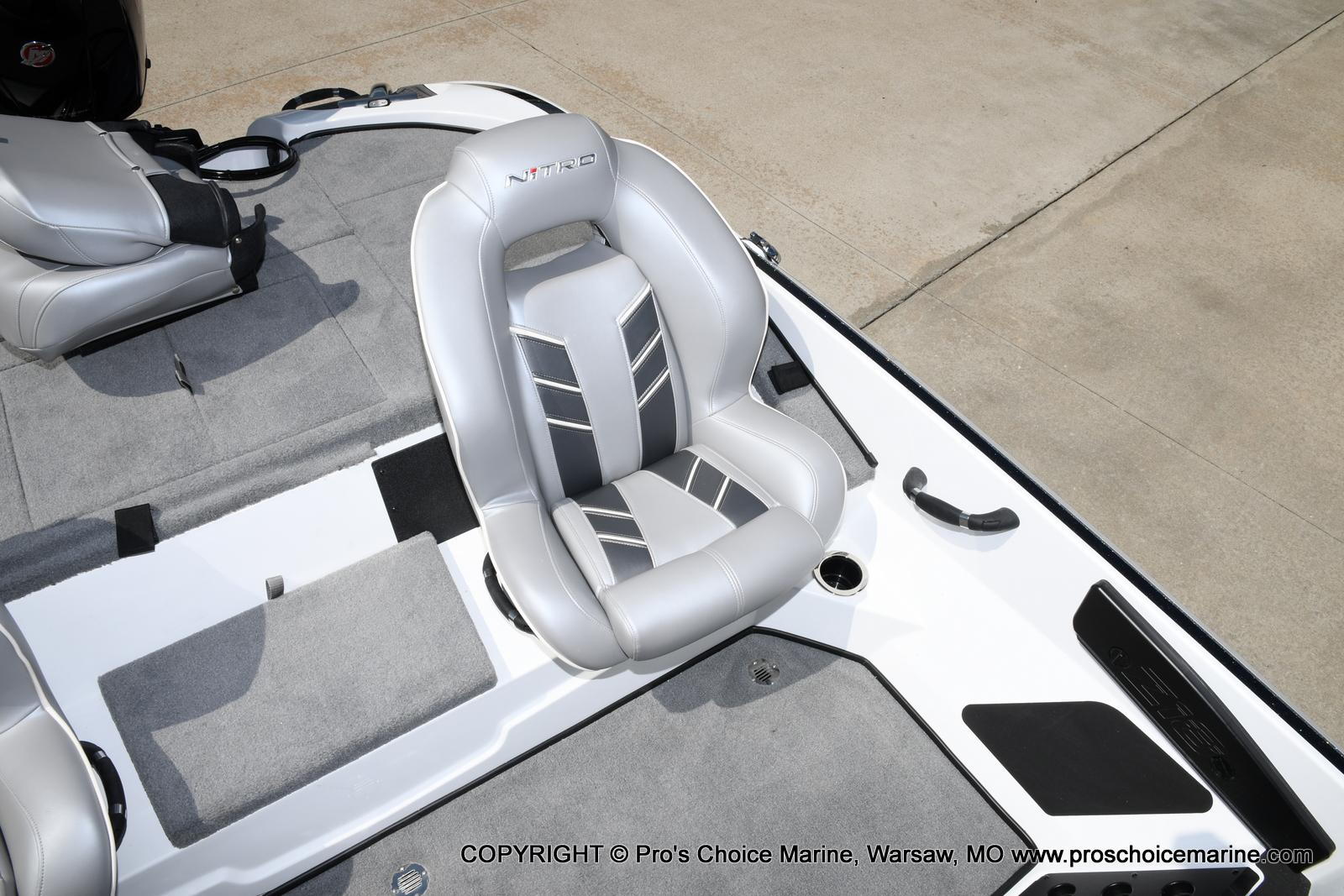2021 Nitro boat for sale, model of the boat is Z18 & Image # 41 of 50