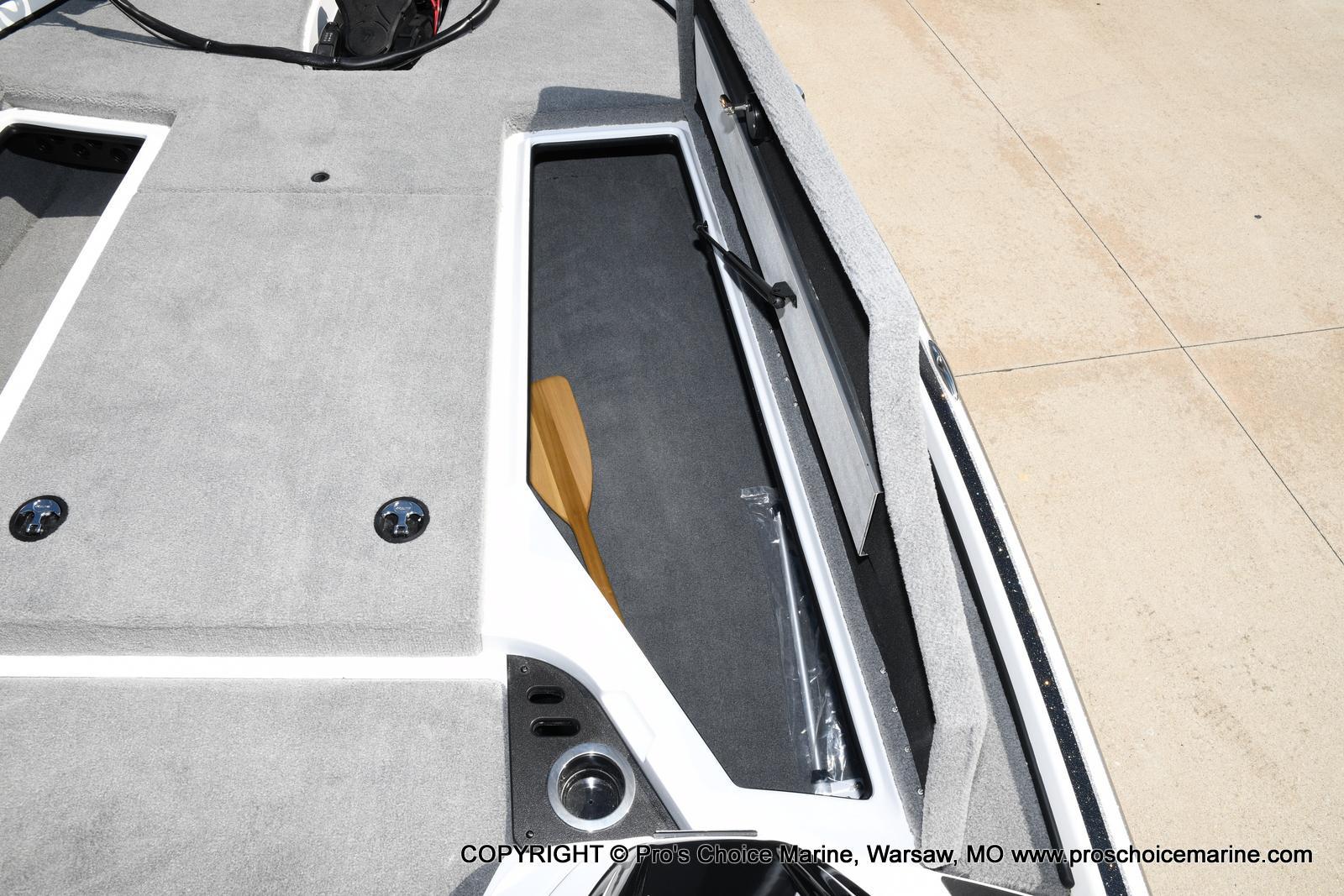 2021 Nitro boat for sale, model of the boat is Z18 & Image # 43 of 50