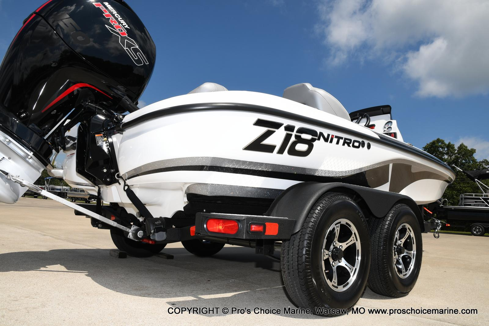 2021 Nitro boat for sale, model of the boat is Z18 & Image # 23 of 50