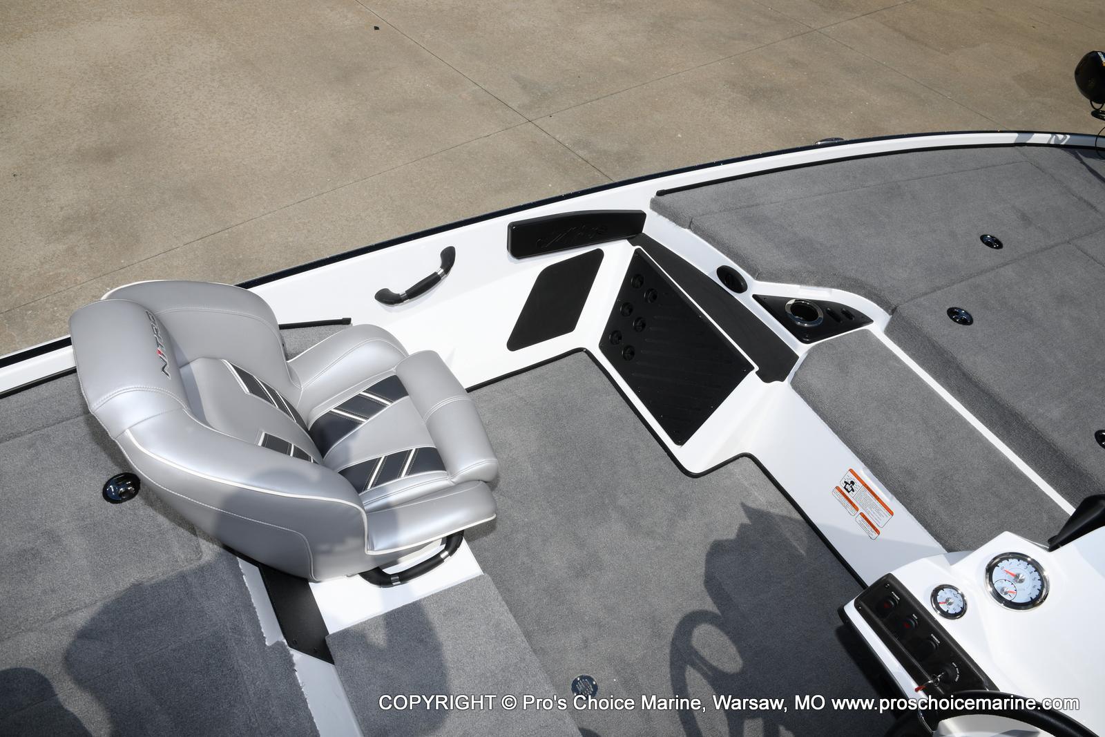 2021 Nitro boat for sale, model of the boat is Z18 & Image # 48 of 50