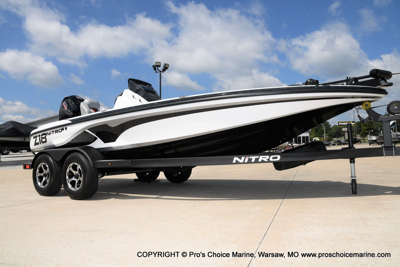 2021 Nitro boat for sale, model of the boat is Z18 & Image # 22 of 50