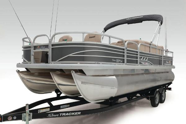 2021 Sun Tracker boat for sale, model of the boat is Fishin' Barge 22 XP3 & Image # 55 of 71