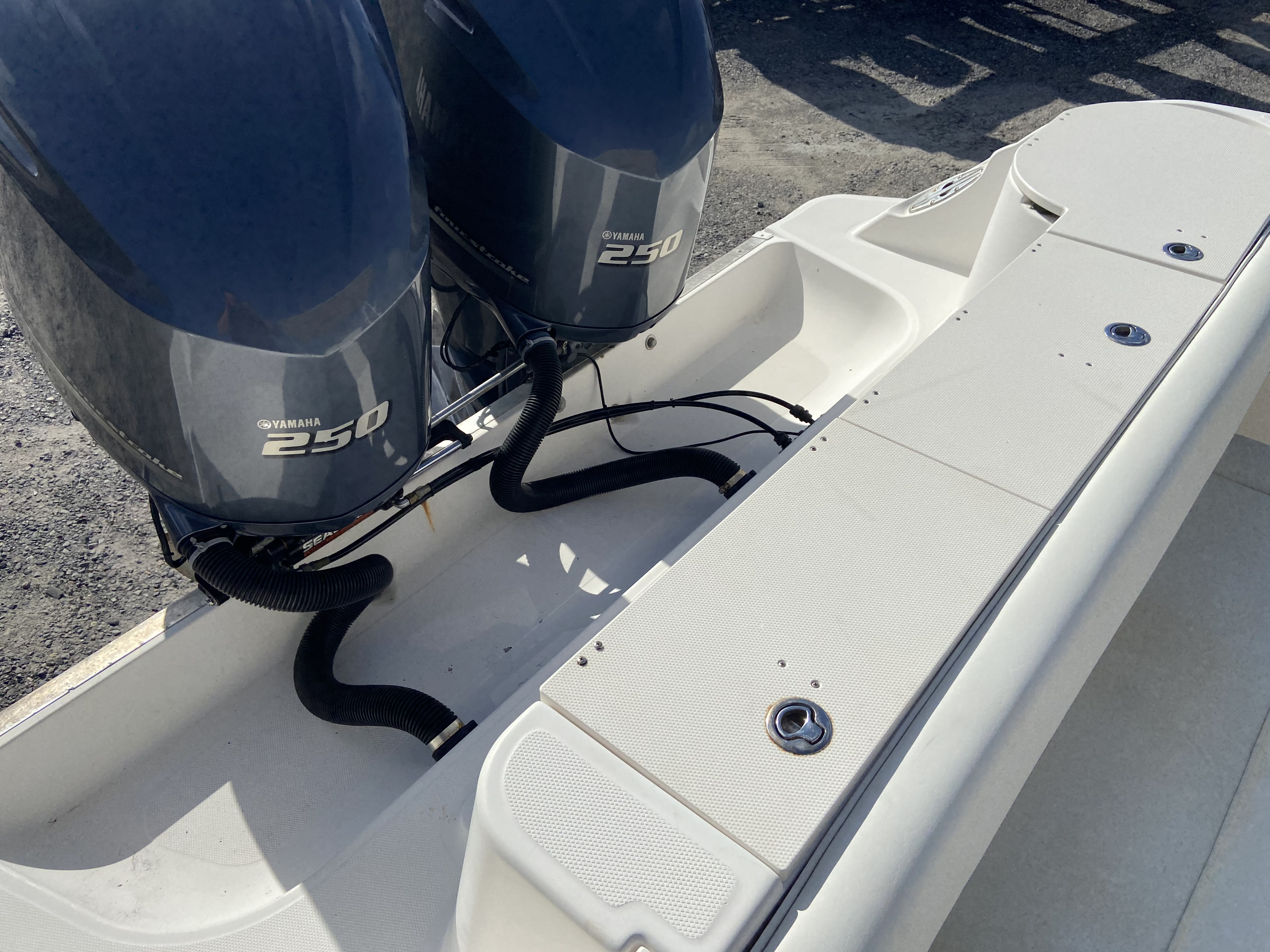 2006 Wellcraft boat for sale, model of the boat is 352 Sport & Image # 6 of 27