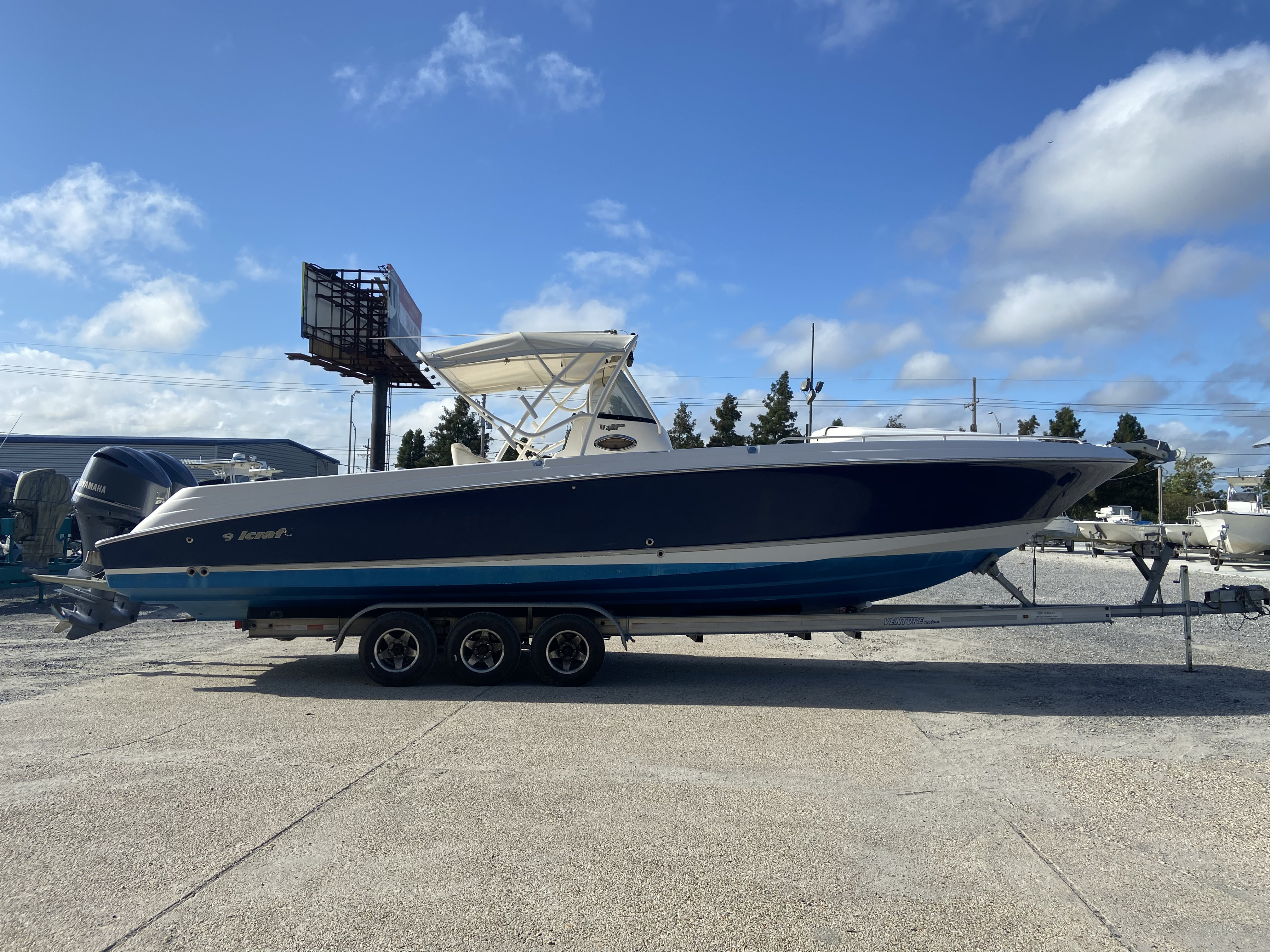 2006 Wellcraft boat for sale, model of the boat is 352 Sport & Image # 11 of 27