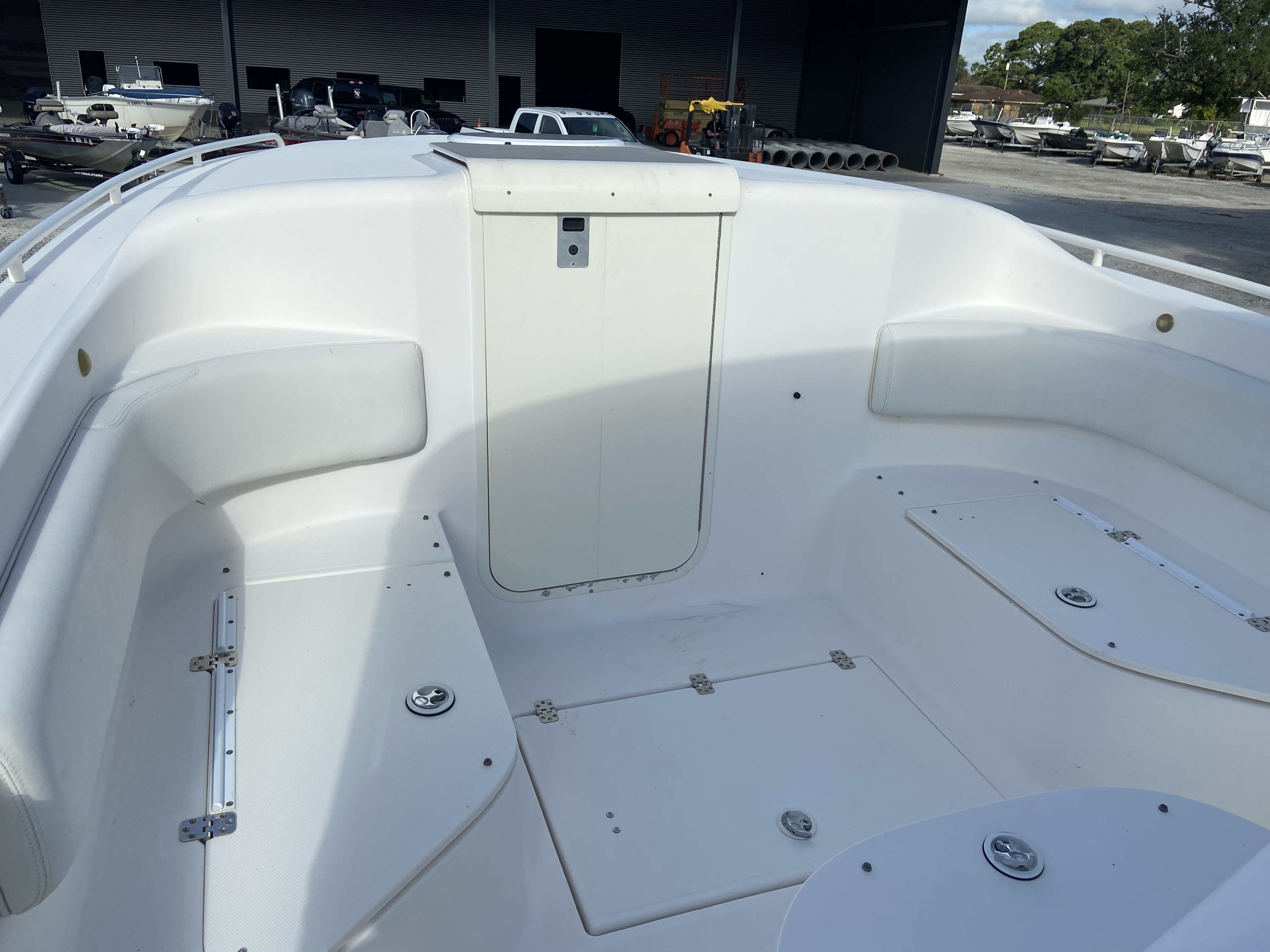 2006 Wellcraft boat for sale, model of the boat is 352 Sport & Image # 15 of 27