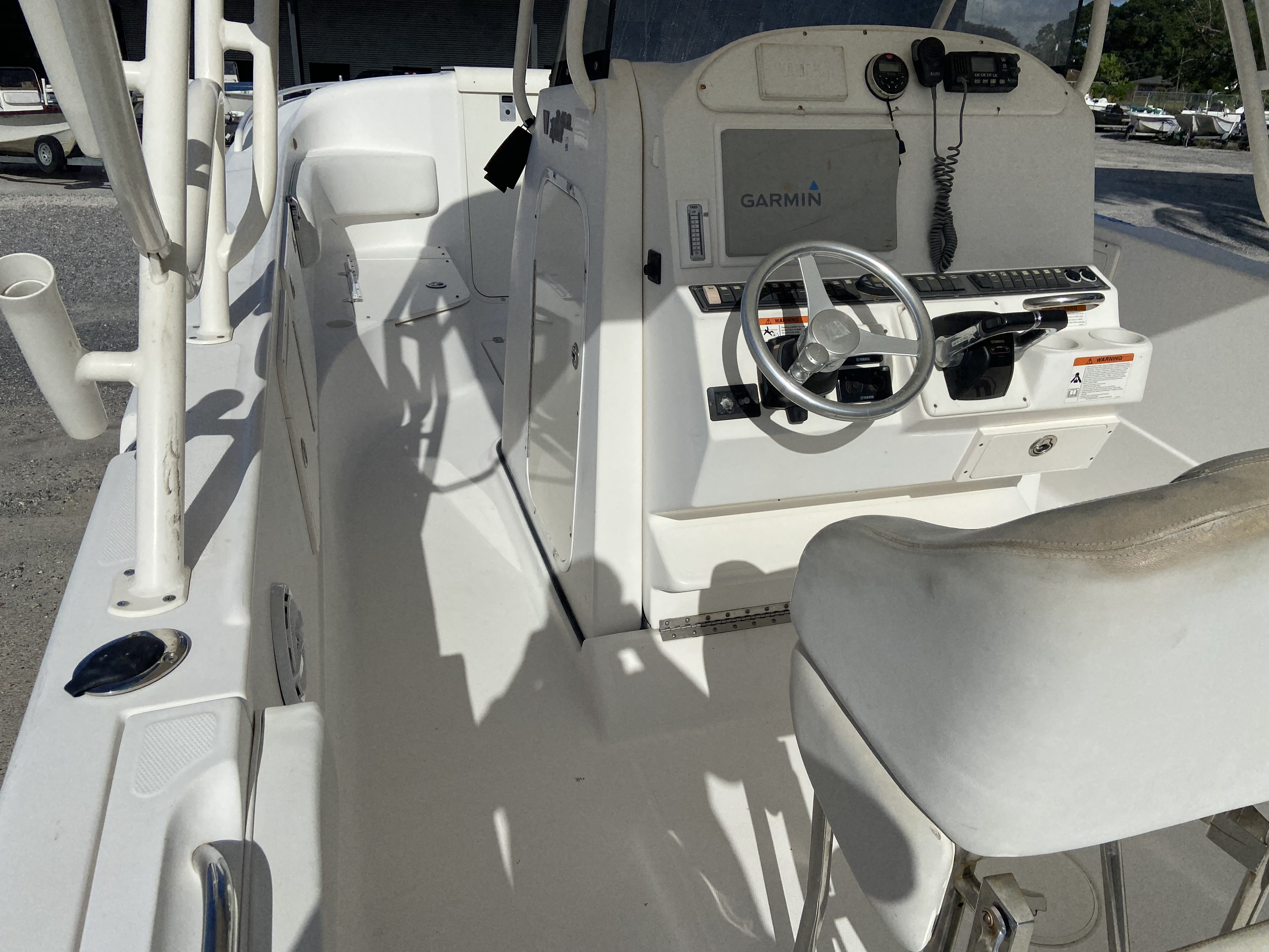 2006 Wellcraft boat for sale, model of the boat is 352 Sport & Image # 17 of 27