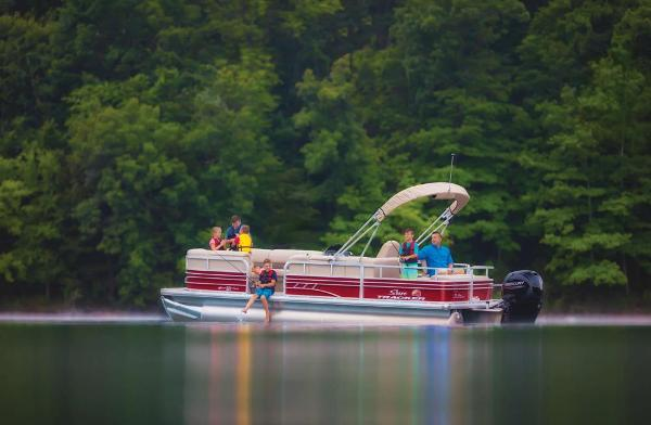 2020 Sun Tracker boat for sale, model of the boat is SportFish 22 XP3 & Image # 2 of 15