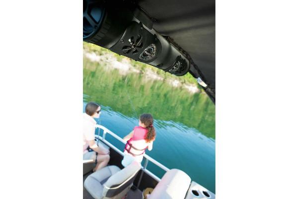 2020 Sun Tracker boat for sale, model of the boat is SportFish 22 XP3 & Image # 9 of 15