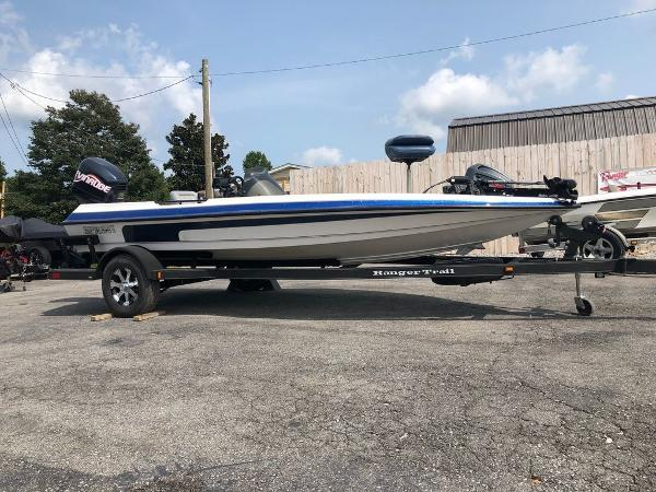 1999 Sprint boat for sale, model of the boat is 286 Pro & Image # 1 of 11