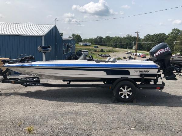 1999 Sprint boat for sale, model of the boat is 286 Pro & Image # 10 of 11
